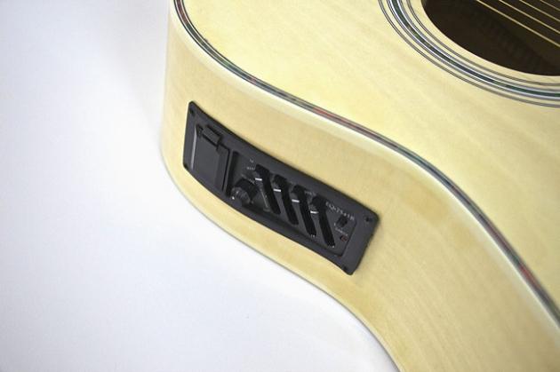 AGDM41CM-41吋民謠吉他缺角全原木+4EQ 定價4000 3
