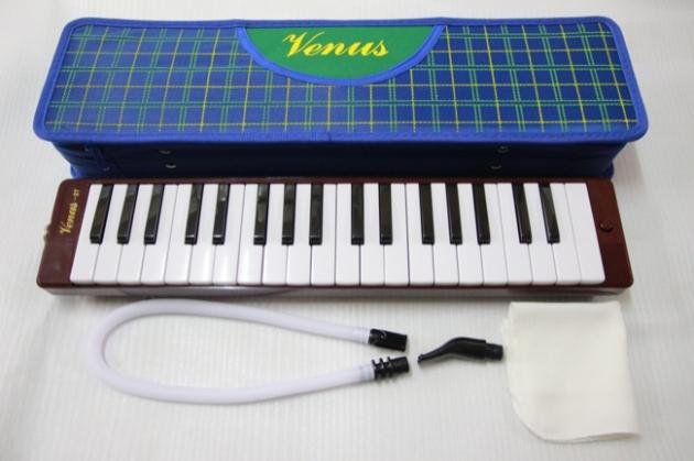 D13B Venus 口風琴37鍵 1