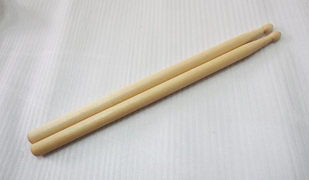 F76 幼中小鼓棒(付) 1