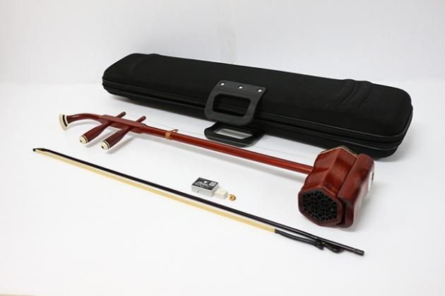 I26 南胡(精製紅木)附盒 1
