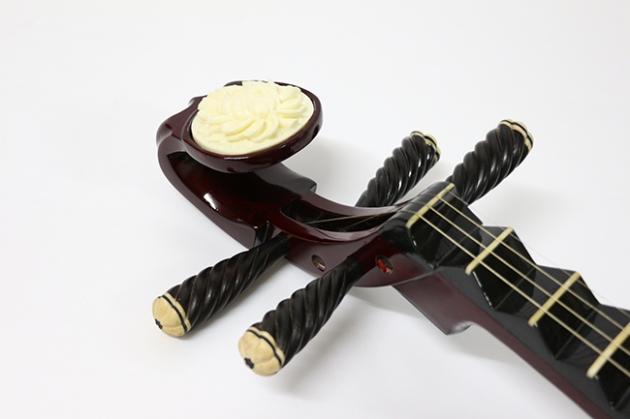 K26 琵琶附袋(紅木)骨花 2
