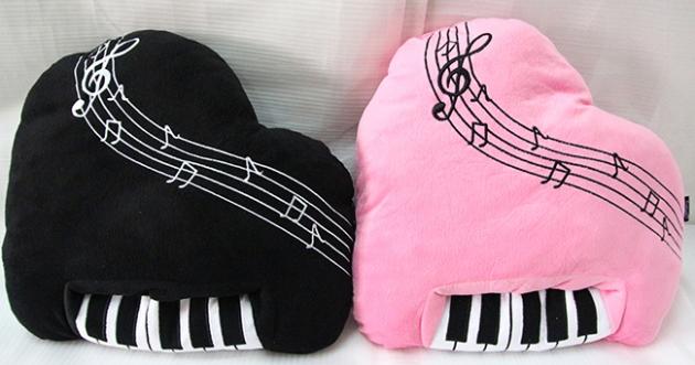 YMZ-35 鋼琴造型抱枕 1