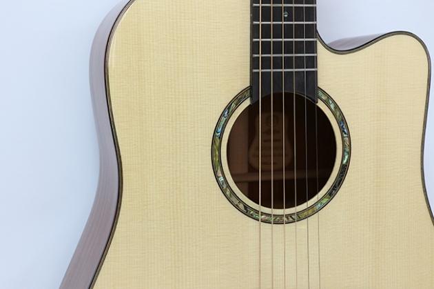 AGAK500 41吋全單板 西提卡雲杉,非洲桃花芯 民謠吉他(配送貼皮木盒) 4